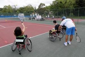 Entrainement tennis en fauteuil